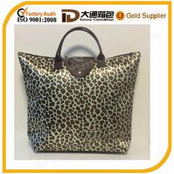 2014 new leopard designer satin shopping bag/gift shop name ideas bag