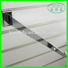 Slatwall metal hanging bracket for shelf support