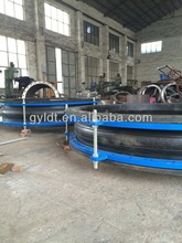 Rubber pipe joint in pipeline system