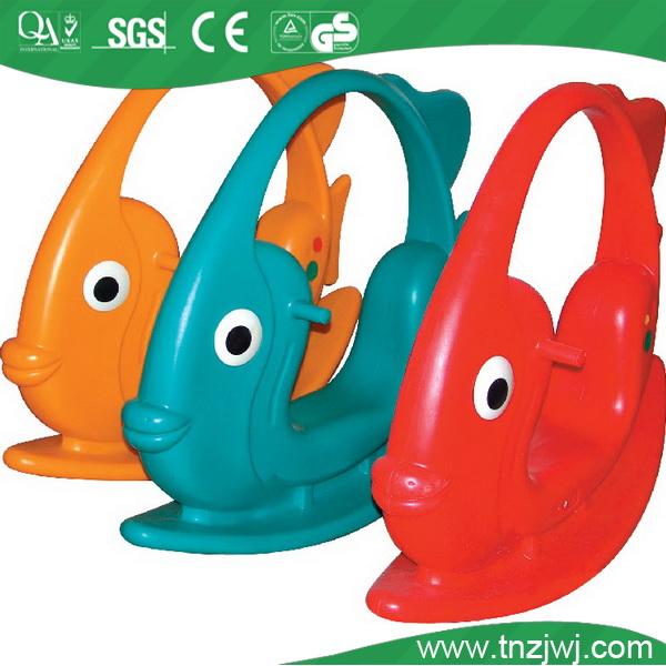 ปลาเทียมรูปร่างเป็นกลุ่มการจัดซื้อของรัฐบาลอุปกรณ์สนามเด็กเล่นสำหรับเด็ก