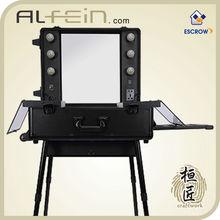 Mobile Professional Aluminum makeup case with lights / Portable makeup station makeup studio