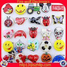 2014 new most popular custom metal pin badge making gifts