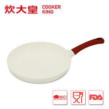 2015 factory price 26cm die cast aluminium ceramic frying pan