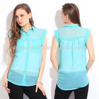 Women Spread Collar 2 Patch Pockets Transparent Sleeveless Blouse