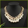 Cadena de Copa Enchapada En Oro Capas de Acrílico y Collar De Perlas de Plástico