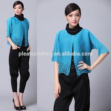 Dongguan Pleats Clothes Factory Wholesale Apparel Garment! Sky Blue Laser Cut Flower Leather Women xxl Leather Jacket