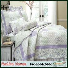 Wholesale Microfiber printed patchwork fabric bedspreads and quilts/Microfiber printed quilts