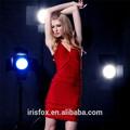 Col v low cut sexy. simple et la plus belle robe rouge