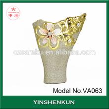 Gold plated ceramic flower vase in funnel shape