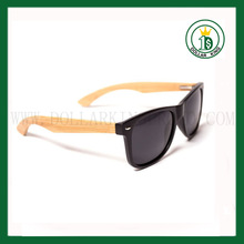 Matte Black wayfarer bamboo sunglasses with polarized lens UV 400 bamboo legs