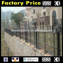 Guangzhou China manufacture cheap steel galvanized goat fence panels