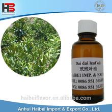 Dai dai leaf oil with Faint yellow and clear liquid