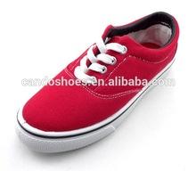 De la lona superior de imitación zapatos de marca