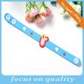 blau 3d kinder flexible pvc armband mit roten herzen charme für mädchen
