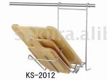 METAL AND RUBBER WOOD CUTTING BOARD HOLDER