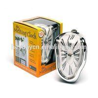melting dali silver plastic table clock(HD-4239)