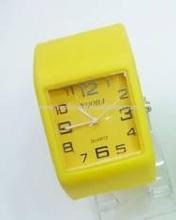 2015 fashional cheap wholesale silicone slap watch