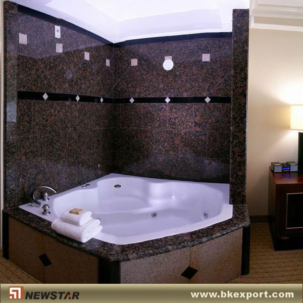 The Pros And Cons Of Having An Acrylic Bathtub Liner And Surround