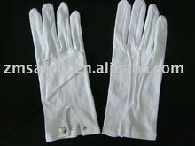 Mal's plain white 100 % cotton glove