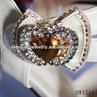 2012 fashion rhinestone apple-shape shoe buckle