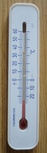 Home Plastic thermometer with magnet