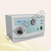 Oxygen jet skin cleaning system