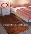 Cor lisa tapetes shaggy tapetes com revestimento protetor não tecido/apoio de algodão