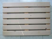 625 x 430 x 36 mm Bath mat made from round edge smooth 4 side white / brown Vietnam kiln dried pine / acacia