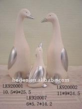 cisne de cerámica con poco ala