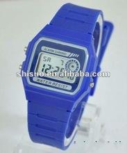 New alarm chronograph digital watch