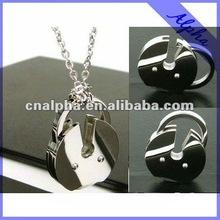 customize design novelty pendant/fashion jewelry