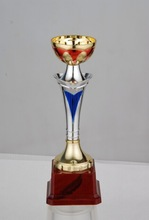 hot sale Gold Olympic Souvenir custom trophies and medals sports