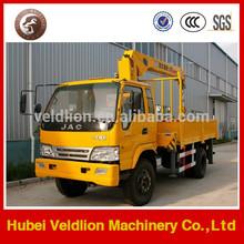 XCMG 5 ton lifting capacity crane truck
