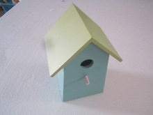 best seller wooden bird house wih the painting