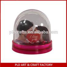 plastic snow globe with photo insert,plastic photo frame snow globe,photo snow globe