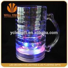 Hot selling barware beer mug flashing led ps cup with handle
