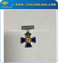 Custom army rank insignia, creative badges men's lapel pins