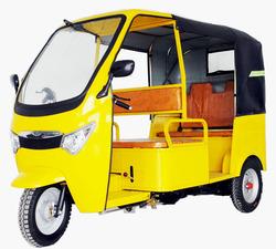 motor tricycle taxi /bajaj three wheeler auto rickshaw price