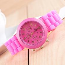 Geneva Unisex Quartz Watch 14color Men women Analog Wristwatches Sports Rose Gold Silicone watches