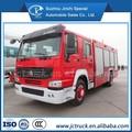Lutte contre l'incendie de mousse 8000l camion sino howo 4x2