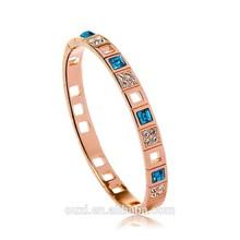 18K Gold Plated Fashion Bracelet Bangle with Austria Crystal 50010