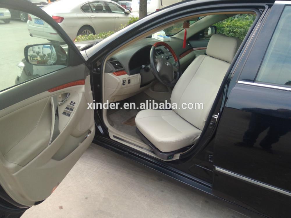поворотный автомобиля сиденья для отключения и старых могут быть установлены в водителя до copilot's позиции