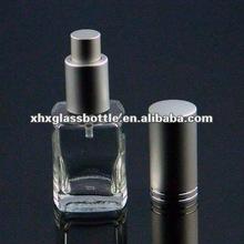 Botellas decorativas con bomba de pulverización y la tapa