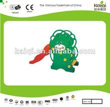Preshool healthy play toys/children like plastic kiddie slide/KFC slide