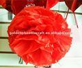 Arte de papel, colgantes decorativos de color rojo de nido de abeja de papel de flores