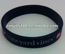 Brand New Vineyard Vines Wristband,mould fee is free.