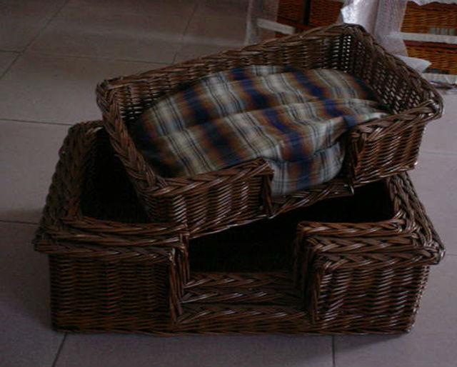 Handmade Wicker Dog Basket : Handmade wicker cat or dog basket tray buy igloo