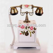 Zuhause dekorative holz antiken telefonapparat