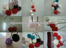 Clothing accessories POM POMS TRIMMING
