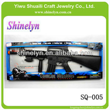SQ-005 fashion gun toy for boy kids with flashing light telescopic combat missions electronic plastic